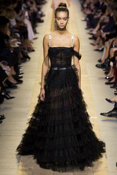 Christian Dior Spring 2017 Ready-to-Wear Fashion Show - Noemie Abigail