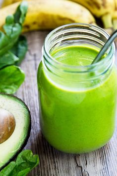 The Best Green Smoothie Ever! I promise you that you'll love the flavor of this nutritious green smoothie. It will be your favorite!!
