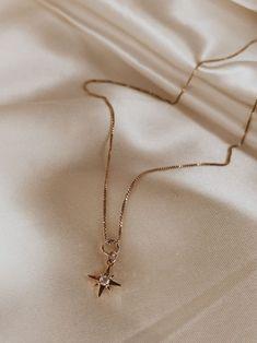 Collier Pendentif Médaille Signe Astro Scorpion Acier Doré CC2464F