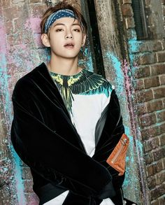 Jungkook Taehyung Jimin Namjoon Hoseok Yoongi Jin Highest rank: in fanfiction Just a bunch of stories to occupy me when I'm bore. Bts Taehyung, Namjoon, Bts Bangtan Boy, Taehyung Photoshoot, Bts Photoshoot 2017, Bts Jimin, Photoshoot Fashion, K Pop, Yoonmin