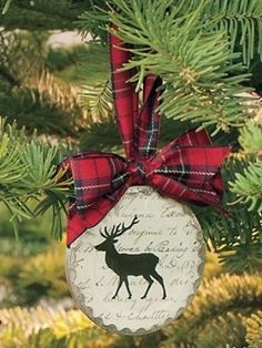 We love our wee ornaments.......in tartan of course