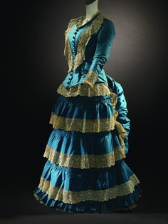 A gorgeous teal and chartreuse lace tiered dress, c. 1870s. #Victorian #vintage #fashion
