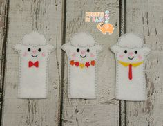Lamb sheep family finger puppets embroidered, puppet, kids, children, toys, games, make believe, pretend play, felt, animals, story time by DesignsByRAJA on Etsy