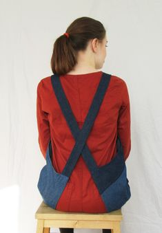 No4:6 cross back apron made using denim remnants. Cross back aprons are fantastically comfortable, easy to wear all day, no neck ties, or dangly ties coming undone when your hands are all covered in muckiness! My Boro Collection reduces waste while creating something useful and unusual that will last for years. Rustic Aprons, Long Bib, Work Aprons, Split Legs, Denim Patchwork, Neck Ties, Boro, French Vintage, Snug Fit