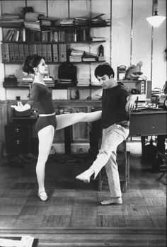 Dustin Hoffman + Anne Byrne    October 1967, Not sure what Dustin was training for here but fun :)