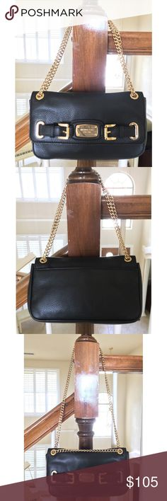 Michael Kors✨Leather Editor handbag ELEGANT, GORGEOUS Michael Kors black leather Editor handbag with gold chain in EXCELLENT CONDITION 😍. The gold chain can be worn at medium length (pictured) or longer length (pictured). Whether you need an everyday bag or special occasion arm candy, THIS PURSE IS FOR YOU 💋! Interior features 1 zip compartment and 2 organizer pockets. Michael Kors Bags