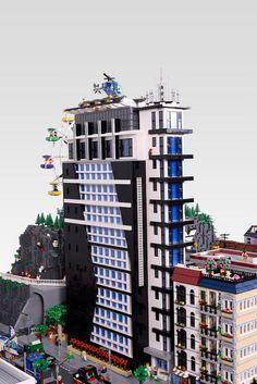 Giant LEGO CITY Lego Products, Interlocking Bricks, City Layout, Lego Boards, Building Drawing, Lego Modular, Cool Lego Creations, Lego House, Lego Stuff