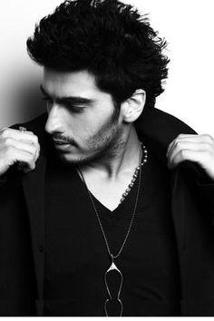 Arjun Kapoor,newest heart throb Bollywood Photos, Bollywood Stars, Arjun Kapoor Hairstyle, Dreadlock Hairstyles For Men, Alia And Varun, Swag Boys, Indian Star, Ranveer Singh, Hot Hunks