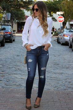 Elegant Distressed Denim Outfits For Summer 20160121 Distressed Jeans Outfit, Outfit Jeans, Distressed Skinny Jeans, Casual Chic, Style Casual, Jean Outfits, Casual Outfits, Fashion Outfits, Heels Outfits