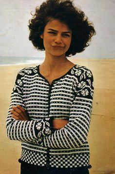 Like the details Motif Fair Isle, Fair Isle Pattern, Fair Isle Knitting Patterns, Knit Patterns, Crochet Woman, Knit Crochet, Pullover Rock, Scandinavian Fashion, Leather Apron