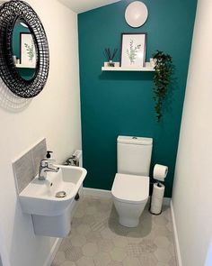 Small Toilet Decor, Small Downstairs Toilet, Toilet Room Decor, Small Toilet Room, Downstairs Cloakroom, Small Bathroom Interior, Modern Small Bathrooms, Chic Bathrooms, Bathroom Design Small