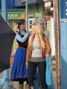 Elizabeth Lail, Jennifer Morrison and Georgina Haig on the set - Behind the scenes 4 *9 - 9 Oct 2014