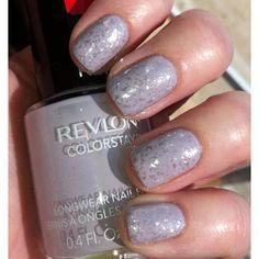 Spring purple glitter nails!