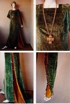 Google Image Result for http://marglas0.tripod.com/images-vintage-a-f.html/fortuny_tabard_dress.jpg