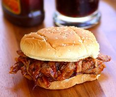 Slow Cooker BBQ Pulled Pork Sandwiches | Simple Homemade Recipes That Will Make Your Life Less Complicated! See More at http://homemaderecipes.com/cooking-101/homemade-recipes-5-ingredient-recipes-or-less/