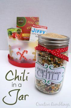 Creative Ramblings | Chili in a Jar Gift from Pick 'n Save | http://www.creativeramblingsblog.com