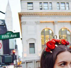 #flores #rojas para un #ramo de #novia y #corona con mucho #amor