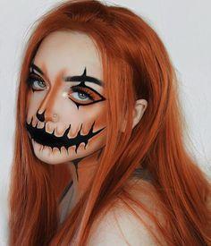 Halloween Makeup Clown, Amazing Halloween Makeup, Halloween Makeup Looks, Halloween Face, Halloween Pumpkin Makeup, Carrie Halloween Costume, Halloween Costumes, Fall Makeup Looks, Scary Makeup