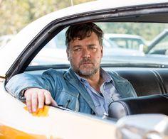 The Nice Guys - il detective Jackson Healy (Russell Crowe) pensa alla prossima mossa da fare © 2016 LUCKY RED
