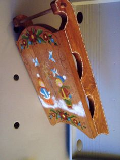 """Just an angle side of a Christmas sleigh wood piece that is about 1'.4"""" tall x 1'.6 wide. Other views will be shown."""
