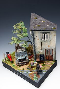 Antique shop 1/25 Scale Model Diorama