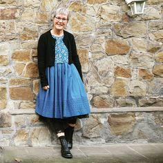 Lace Skirt, Midi Skirt, Happy Weekend, Sunny Days, Sunnies, Retro Vintage, Vintage Fashion, Warm, Skirts