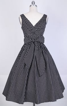 50s Polka WhiteSmallDots/Black Bow Dress 82301 [82301] - £32.99 : Queen of Holloway, Dressing Shop