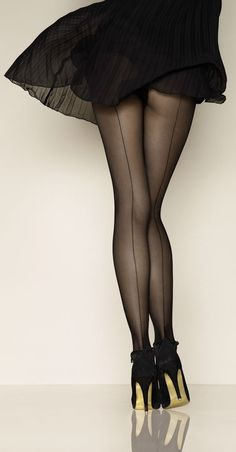 0d81c8de661b7 Noting better than sexy long legs in a pair of pantyhose and high heels