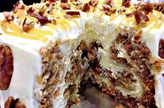 Carrot cake cheesecake. It's the perfect solution if ever you get separate demands for carrot cake and cheesecake and you have time to make only one cake.