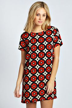 Need a new dress? boohoo's collection of on-trend dresses covers all your plans, from going out styles to day dresses and must-have knit styles. Dress For You, New Dress, Valentines Day Dresses, Dress Robes, Jumper Dress, Heart Print, Cover, Shirt Style, Going Out