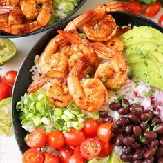 ad: This Chipolte Lime Shrimp Bowl with rice is the perfect recipe for Taco Tuesday or Cinco De Mayo! Shrimp and veggies, bold flavors, and bright colors make this a fun dish for the eyes and the taste buds! Mexican Dishes, Mexican Food Recipes, Dinner Recipes, Chipotle Bowl, Homemade Chipotle, Shrimp And Rice, Easy Rice Recipes, Dinner Bowls, How To Cook Rice