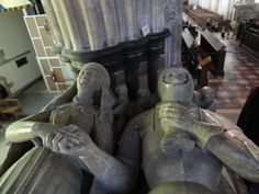 Sir John Beauforts tomb Holding hands with his wife till stone turns to dust. John Of Gaunt, Royal Monarchy, Famous Historical Figures, Tudor Dynasty, Tudor Era, Wars Of The Roses, Plantagenet, Richard Iii, Effigy