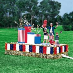Patriotic Float Kit Image 1 of 1 Parade Float Supplies, 4th Of July Parade, July 4th, American Legion Auxiliary, Christmas Parade Floats, Homecoming Floats, Fourth Of July Crafts For Kids, Boat Parade, Party Rock