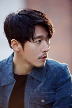 Jang Hyuk (장혁) - Picture @ HanCinema :: The Korean Movie and Drama Database Korean Male Actors, Korean Celebrities, Korean Men, Asian Actors, Voice Kdrama, Asian Boy Haircuts, Jun Matsumoto, Busan, Hong Ki