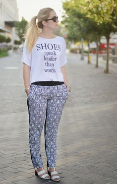 3x3: Summer Heels with soft pants and a loose tee - to handle that summer heat