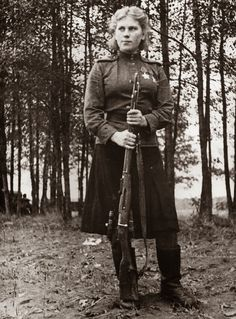 Smart, beautiful and deadly, 19 year old Russian sniper Roza Shanina had 54 confirmed kills