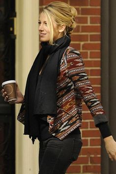Casual weekend chic. Stylist tip: wear your hair up when sporting a bulkier scarf for a chic bundled look. (Blake Lively)