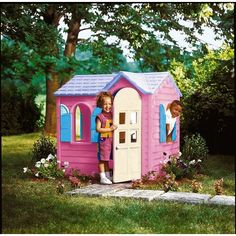 Little Tikes Country Cottage is a picturesque and cosy garden retreat for your children to play and exercise their imagination. Pink Playhouse, Plastic Playhouse, Little Tikes Makeover, House Tent, Toys Uk, Pink Kids, Play Houses, Gazebo, Diy Projects