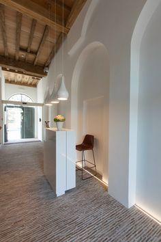 La Suite sans Cravate. Location: Bruges, Belgio; firm: Véronique Bogaert; year: 2013