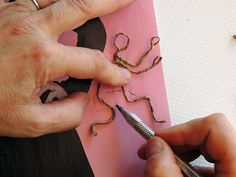 Paper Doll Craft, Art N Craft, Doll Crafts, Paper Toys, Craft Work, Paper Mache Clay, Paper Mache Crafts, Driftwood Crafts, Wire Crafts