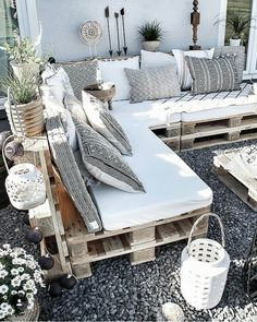 DIY pallet lounge, decoration ideas for patio and garden, idea . - DIY pallet lounge, decoration ideas for patio and garden, - Pallet Diy, Pallet Garden Furniture, Patio Decor, Apartment Garden, Pallet Sofa, Balcony Decor, Pallet Furniture Outdoor, Pallets Garden, Pallet Lounge