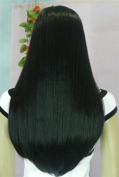 silky straight hair, soft and smooth 🎉DM for 💯human hair, fast ship from China✈️✈️ 👉👉 e-mail 📧j Long Dark Hair, Long Natural Hair, Very Long Hair, Braids For Long Hair, Long Curly Hair, V Cut Hair, Bombshell Hair, Hair Extension, Hair Laid