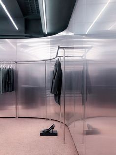 superfuture :: supernews :: london: acne store opening