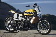 Kenny Roberts' 1975 Indy Mile Winning Yamaha TZ750 2-stroke flat tracker