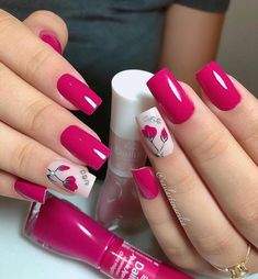 @nailartemarilia Lindo diseño de uñas💅🏻💅🏻credito:@nailartemarilia . #SiempreBellas💄👄 #beauty #diseñodeuñas #moda #trucosdebelleza…