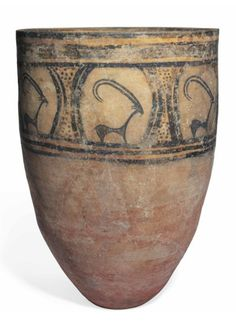 A large persian pottery jar, c. 3000 BC.
