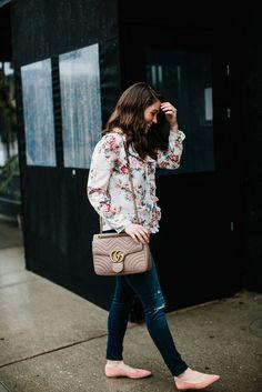 florals + Gucci Marmont bag #gucci #marmont #pink