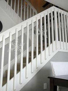 Small Stairs Landing Railings Ideas For 2019 Loft Railing, Interior Stair Railing, Modern Stair Railing, White Staircase, Loft Stairs, Staircase Railings, Staircase Design, Stairways, Spiral Staircases