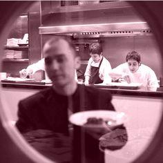 Los mejores profesionales de la cocina en #Barcelona #Restaurant Roig Robí.