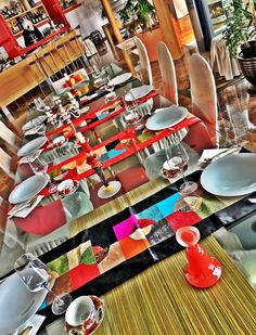 Lunch or dinner table set up Colours